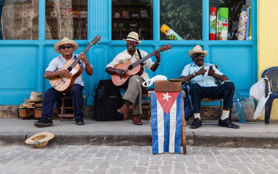 Cuba :: Non-Stop Musica!